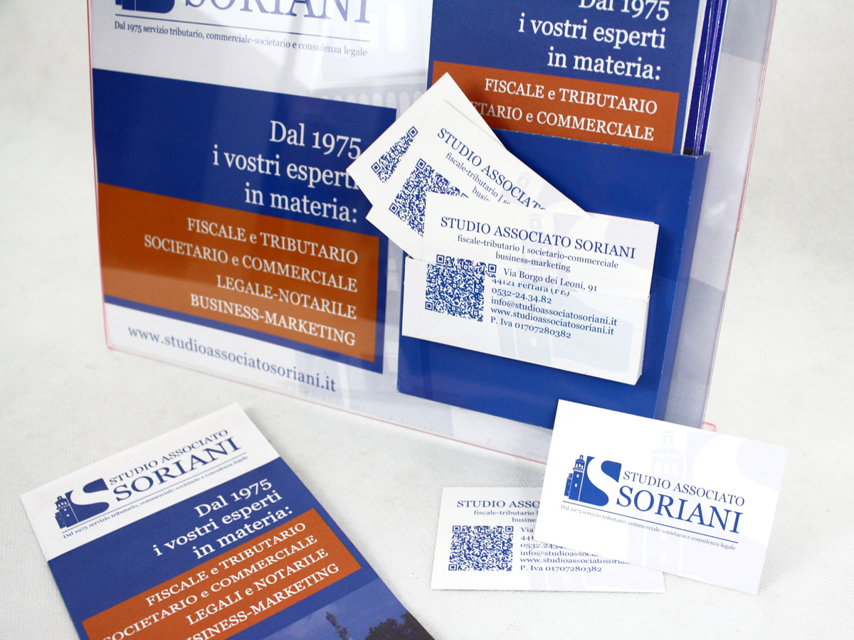 depliant porta-deplaint locandina